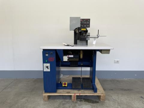 RIPIEGATRICE SAGITTA RP80 267/18 - THERMOCEMENTING AND BINDING MACHINE FOR INSOLE SAGITTA RP80
